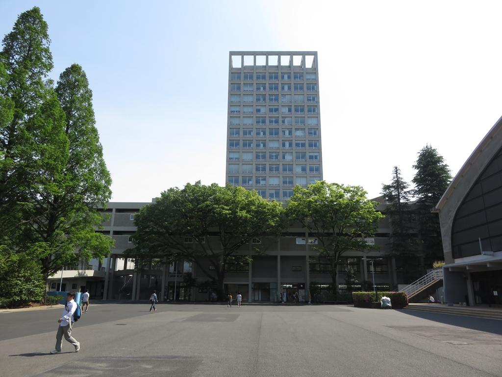 早稲田大学文化構想学部・文学部