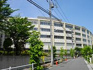 193px-teikyo_junior__senior_high_school