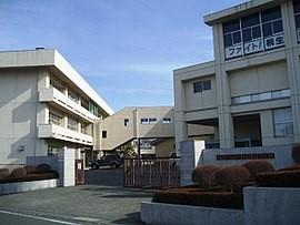 270px-Kiryu-Minami-HighSchool-2013011301