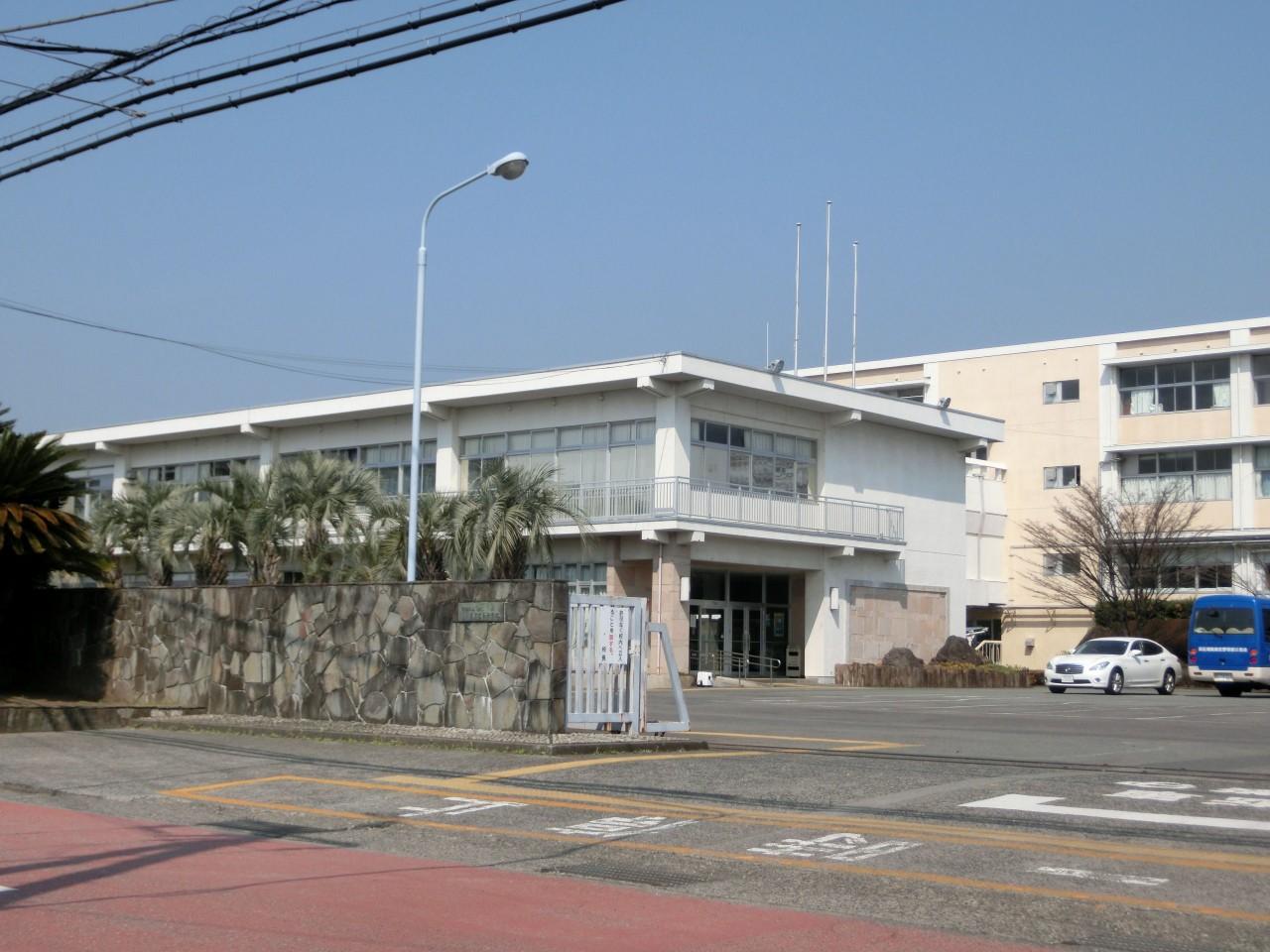 Numazu-Higashi_High_School
