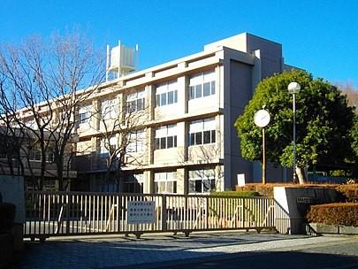 405px-Fujinomiya-Nishi_High_School
