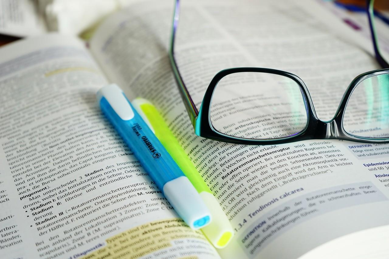 glasses-272401_1920