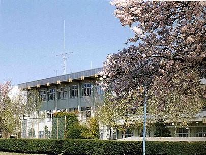 白河高校校舎