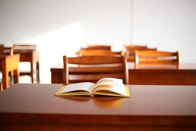 classroom-5510382_640