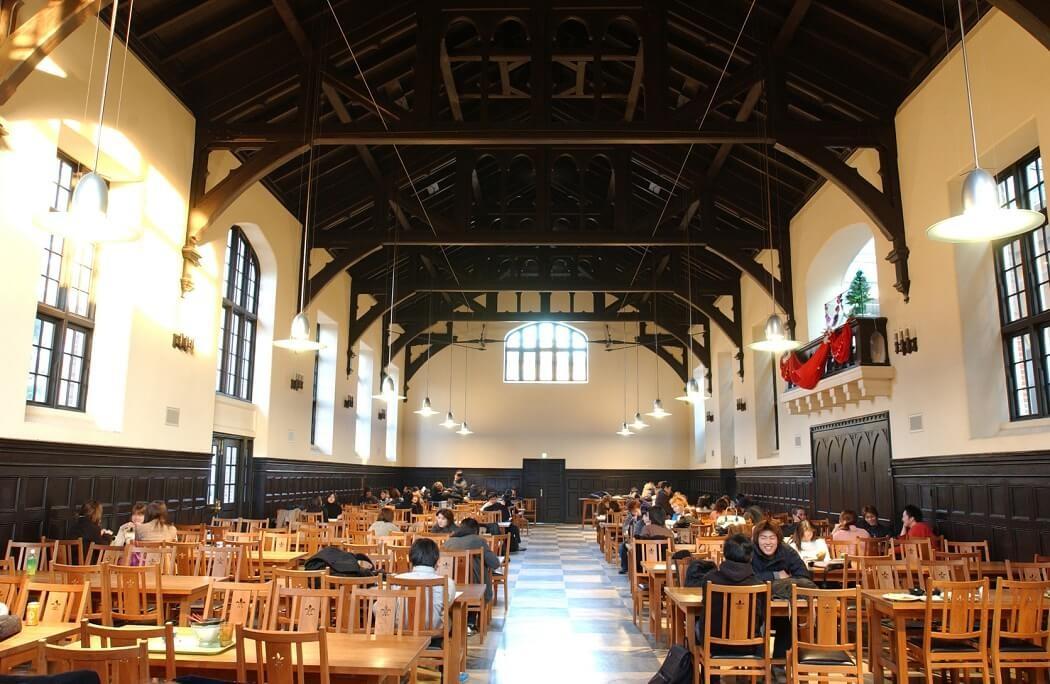 立教第一食堂内部