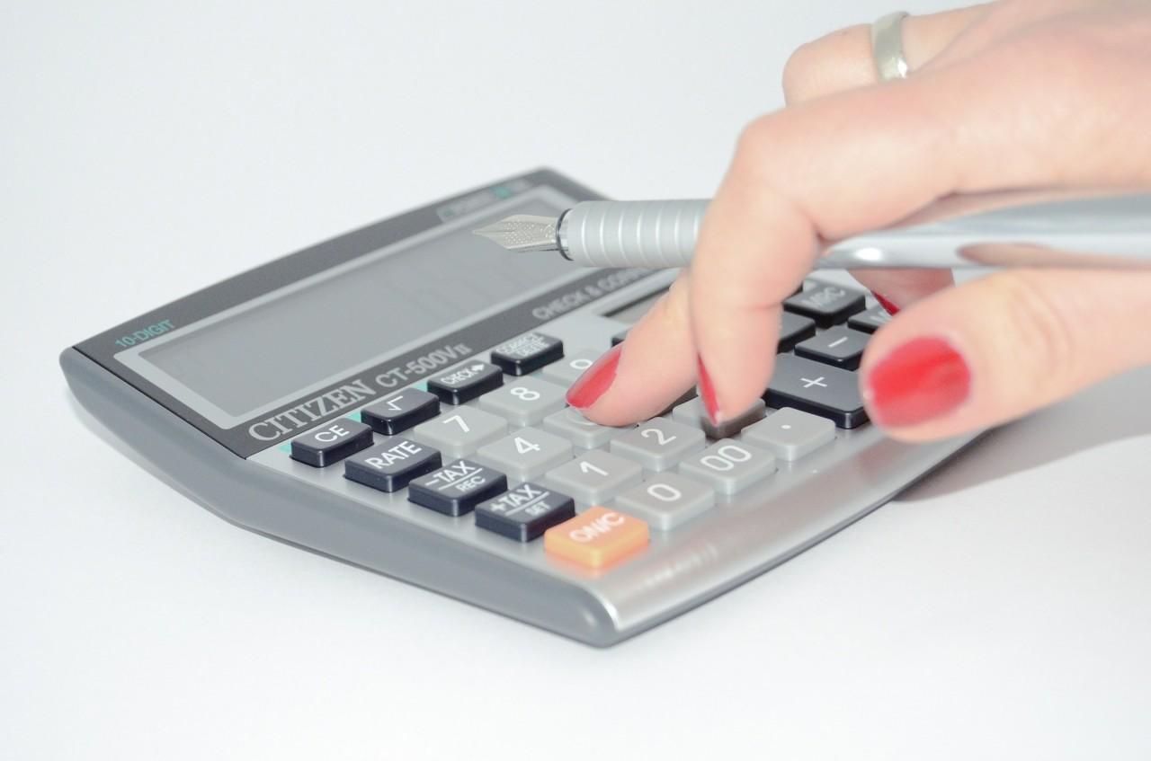 calculator-428294_1920 (1)