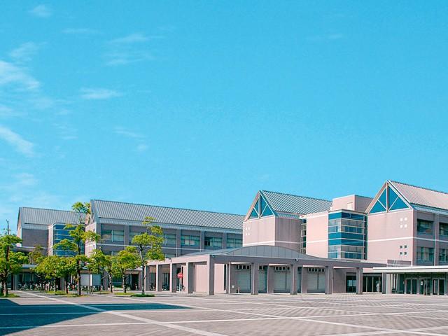 三重県立看護大学
