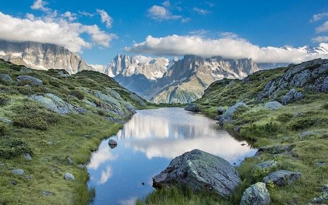 mountains-6277391_640